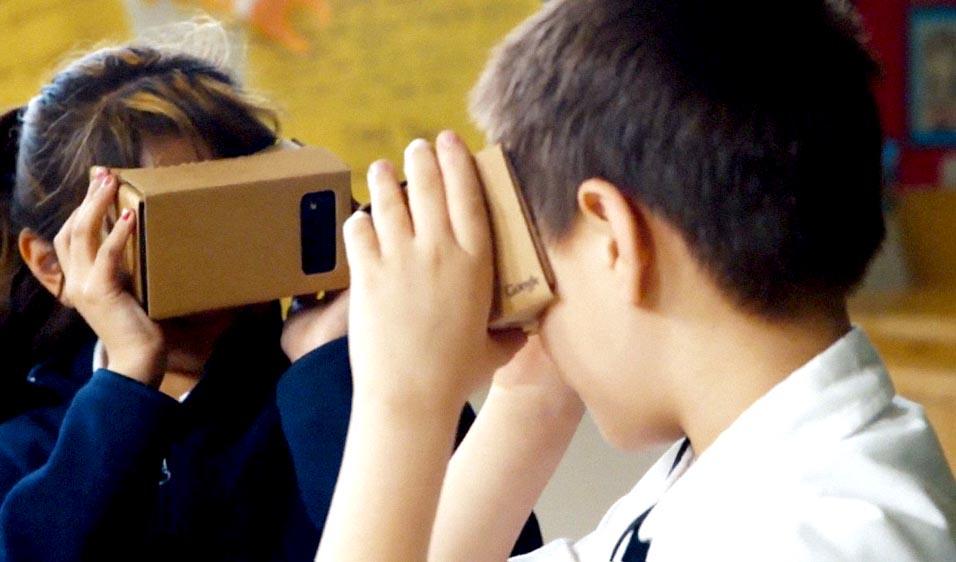 kids-virtual-reality-workshop-melbourne-hero.jpg